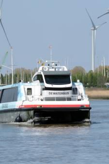 Waterbus blijkt te duur voor haven: stad kijkt naar Vlaanderen om kosten over te nemen