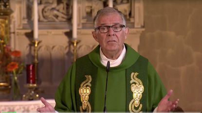 Priester overlijdt na zondagsmis op Eén
