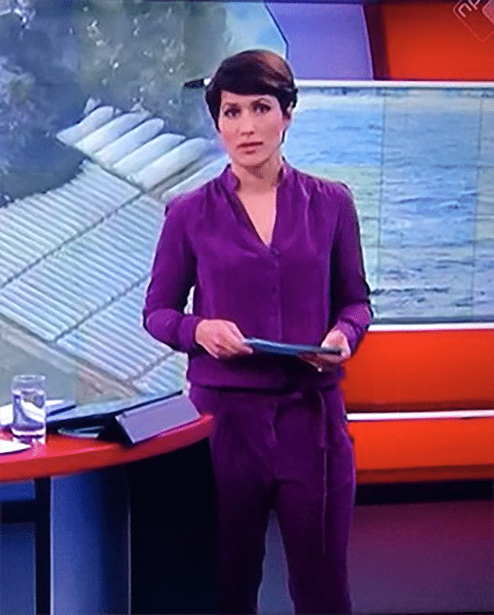Annechien Onder Vuur Door Paarse Teletubbie Outfit Show Ad Nl