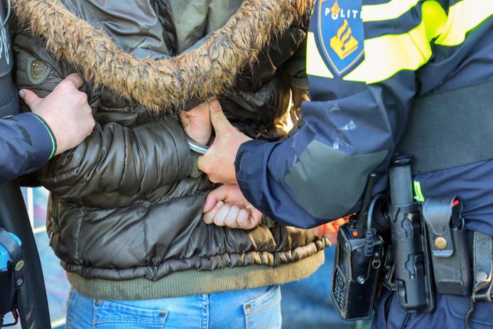 Straatdealers in Deventer zullen worden aangepakt.