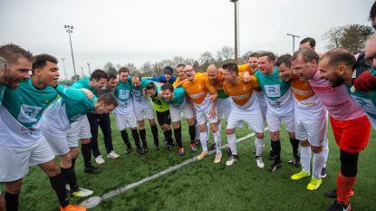 Sfeer is goed: Bogaert en Weyts even ploegmaats...op het voetbalveld