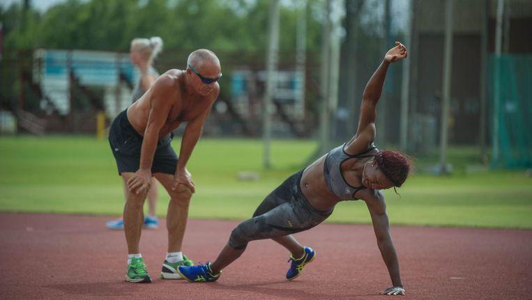 De Franse atlete Antoinette Nana Djimou bereidt zich voor op de Olympische Spelen in Rio. Beeld AFP