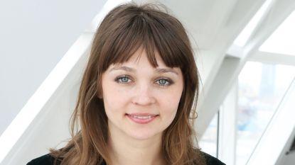 """Evgenia Brendes, actrice in 'Over Water', leefde tot haar elfde in Kazachstan: """"Ik schaamde me dat mij ouders een andere taal spraken"""""""