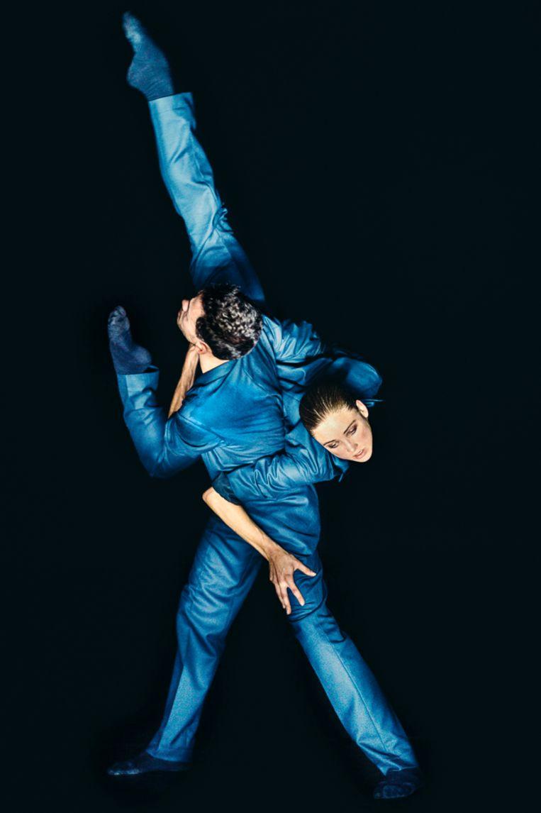 Greg Lau en Alice Godfrey in Soon van Medhi Walerski door Nederlands Dans Theater 1. Beeld Rahi Rezvani