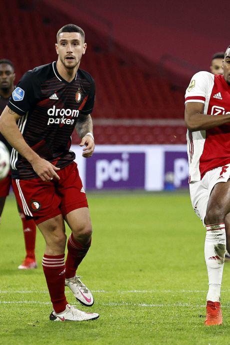 Ajax komt heel goed weg met zege in Klassieker, Sinisterra raakt lat in laatste seconde