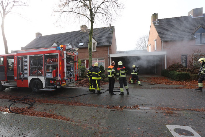 Brand in woning in Knegsel