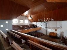 Oude kerkbanken Pniëlkerk te koop