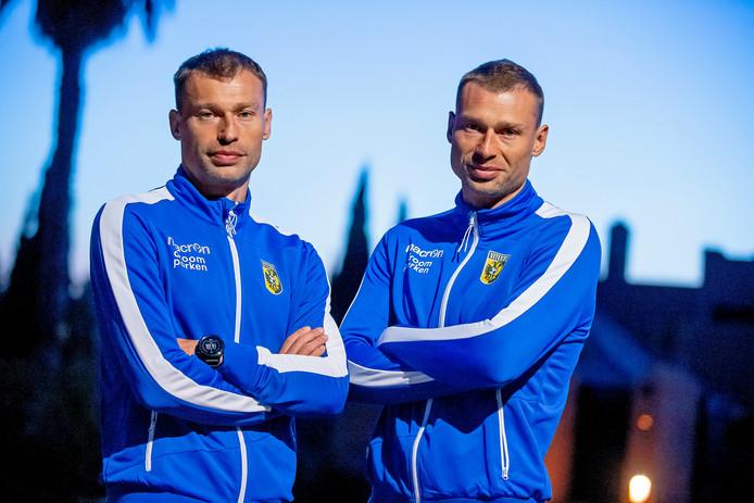 Alexei (rechts) and  Vasili Berezoetski, de nieuwe assistenten bij Vitesse.