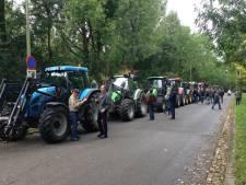 Tientallen boeren bij provinciehuis Utrecht, protest RIVM gaat woensdag niet door