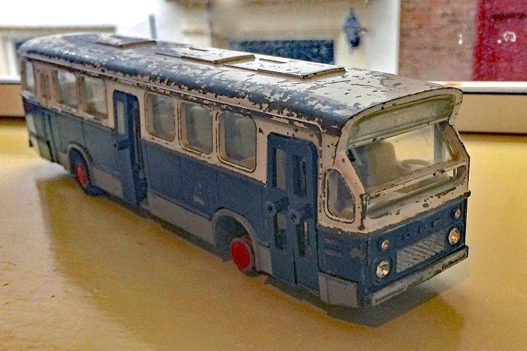 De speelgoedbus van Robert Mannink. Beeld Privearchief Eke Mannink