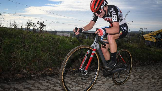 "Lotte Kopecky elfde en beste landgenote in Koppenbergcross: ""Veel beter dan verwacht"""