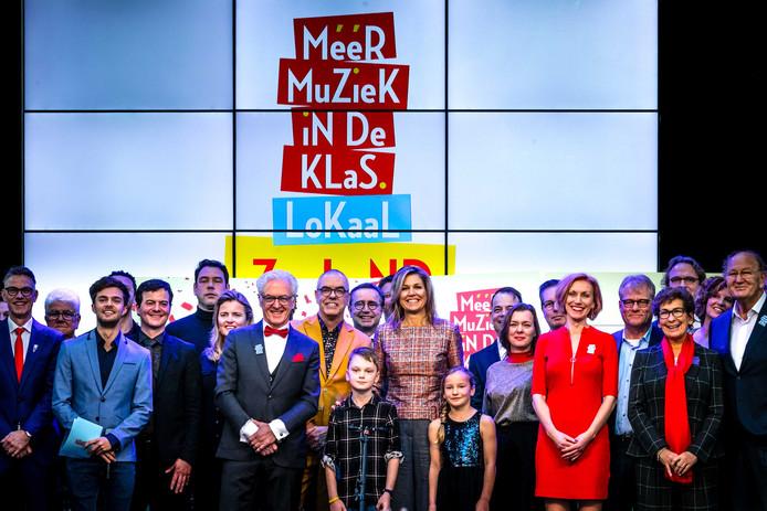 Koningin Maxima woensdag bij de start van 'Méér muziek in de klas' in Vlissingen. Daar kreeg Helmond symbolisch het stokje overgedragen.