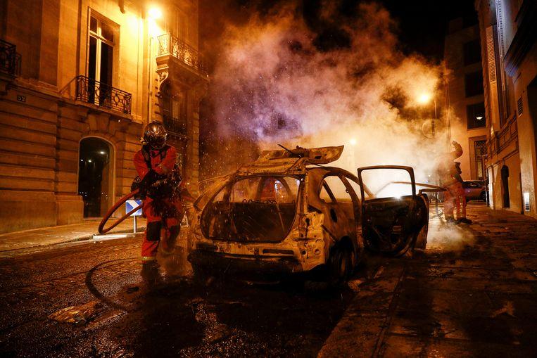 Na de verloren Champions League finale ontstonden rellen in Parijs. Beeld Hollandse Hoogte / AFP