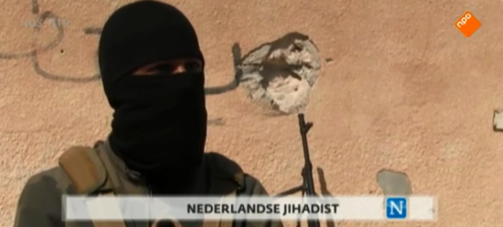 Beeld van Nederlandse jihadist uit eerdere tv-reportage van Nieuwsuur. Het is niet zeker om het hier om Youssef C. of een andere Nederlandse jihadist gaat.