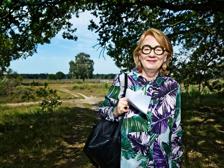 Laren heeft meer te bieden dan glitter en glamour, benadrukt Ineke Hilhorst.  Beeld Martijn Steiner Lovisa