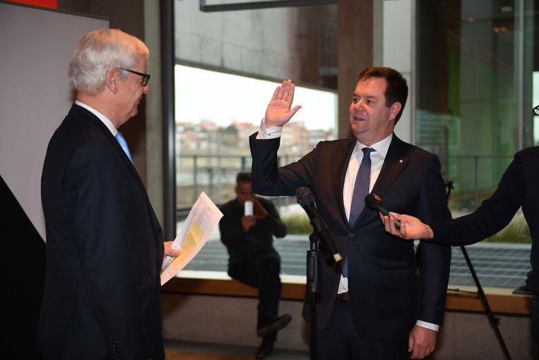 Steven Swiggers legde vanmiddag de eed af voor de volgende legislatuur als burgemeester.