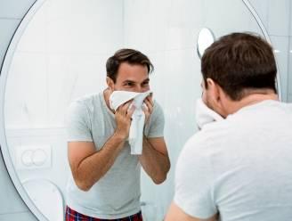 """""""Was je handen, maar laat de rest van je lichaam met rust"""": deze professor neemt al vijf jaar geen douche meer"""
