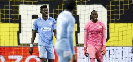 Treffend einde van bizarre PSV-week: 'Vinden wij het het waard als een speler op de ic belandt?'