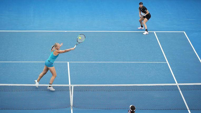 Kiki Bertens (links) en Johanna Larsson (rechts boven). 'Johanna en ik maken elkaar nog steeds beter.' Beeld getty