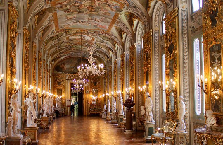 Spiegelzaal Galleria Doria Pamphilj. Beeld Flip van Doorn