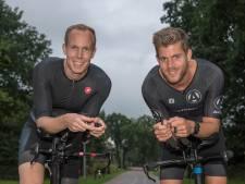 Ex-motorcoureurs zien urenlang af in Ironman