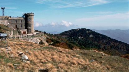 Waarom de Mont Aigoual, vandaag de scherprechter, op geheel eigen wijze toch een mythische col is