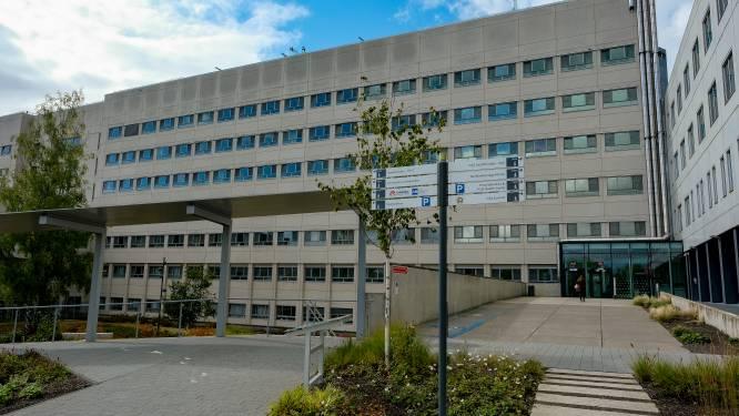 Brusselse ziekenhuizen flirten al met limiet van tussenfase 1B33