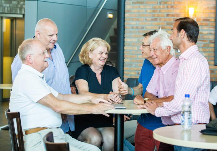 De bijeenkomst van Lokalen Hoeksche Waard in de Drie Lelies.