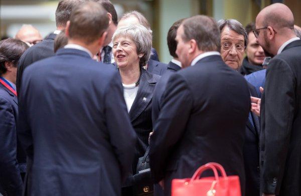 May vraagt hulp EU, maar kan niet uitleggen welke hulp ze wil