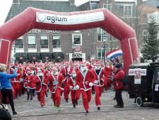 Koude kerstmannen hollen 15 mille bij elkaar