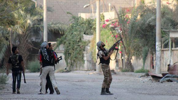 Syrië-strijders in actie in Deir Ezzor (archiefbeeld).