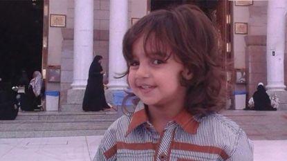 6-jarige jongen keel overgesneden voor ogen van moeder in Saudi-Arabië
