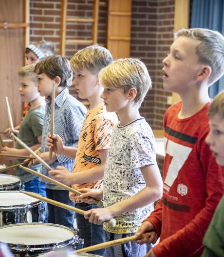 School en fanfare Hertme samen aan de slag