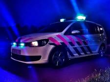 Een vrouw en vier mannen aangehouden in Amsterdam tijdens opname rapvideo