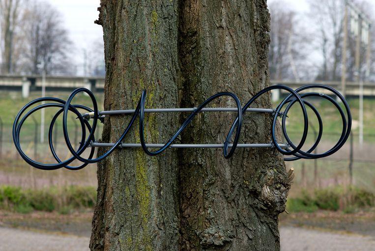 Het werk Tree Antenna. Beeld Jalila Essaïdi