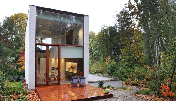 Het huis van Saskia en Brecht heeft een sterke link met de groene omgeving.