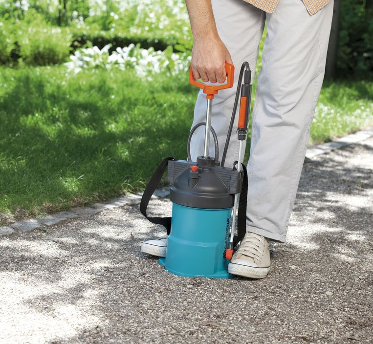 Onkruid verwijderen zonder pesticiden.