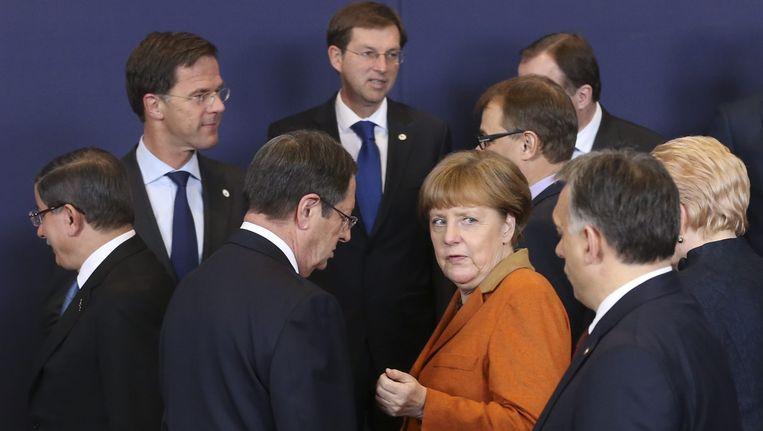 Bondskanselier Merkel en de andere Europese leiders maandag in Brussel. Beeld EPA