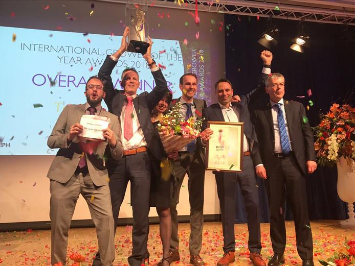 Dolle vreugde bij de winst van de International Grower of the Year Award op de beurs IPM in Essen.