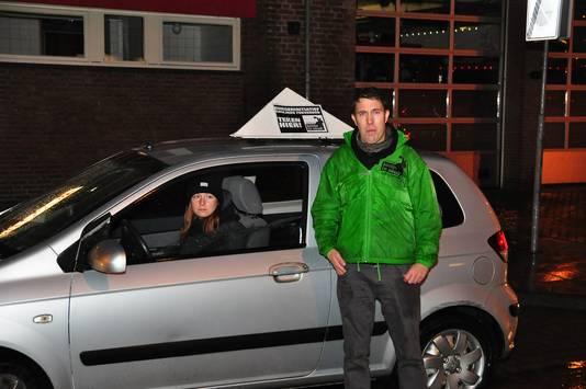 Activist Peter Janssen vlak voor zijn actie in Waalwijk.