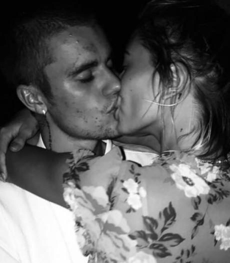 Verliefde Hailey Baldwin verandert achternaam in Bieber