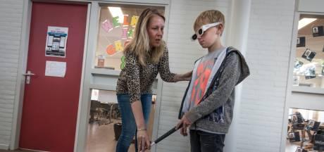 Linda van Wetten-Bos uit Veldhoven werd bijna blind, maar staat weer voor de klas: 'Leer genieten na verdriet'