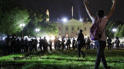 Trump bedreigt betogers aan Witte Huis