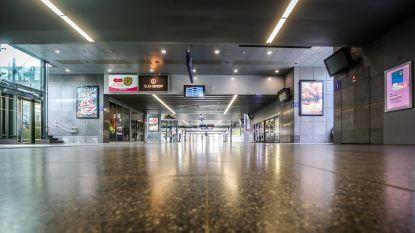 Twintiger bespuwt agenten in station van Brugge en wordt aangehouden door onderzoeksrechter
