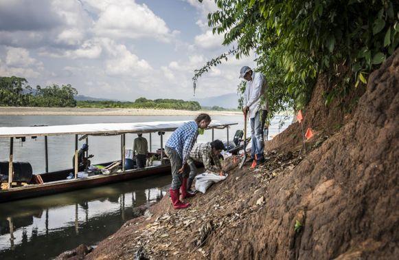 De onderzoekers vonden de tand aan de Río Alto Madre de Dios, een rivier in Peru.