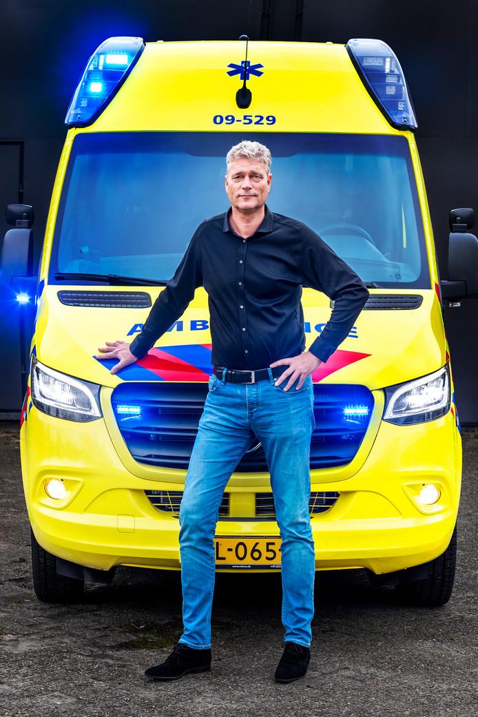 """Sander Komijn, hoofd Ambulancezorg en crisiscoördinator van de RAVU: ,,Ik ben trots op de medewerkers."""""""