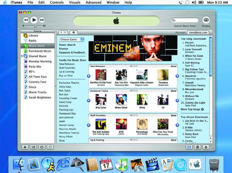 Zo zag de iTunes Music Store er in 2003 uit bij lancering. Maandagavond maakte Apple bekend te stoppen met deze 'jukebox-software.'  Beeld Getty Images