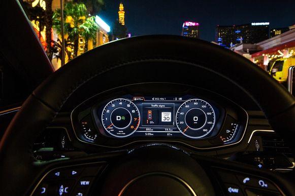 Het advies voor de ideale rijsnelheid is in het instrumentarium van de auto te zien