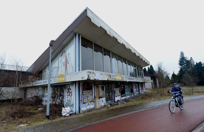 Eén van de twee panden op het MaWi-terrein, op een prominente plek in Wijchen.