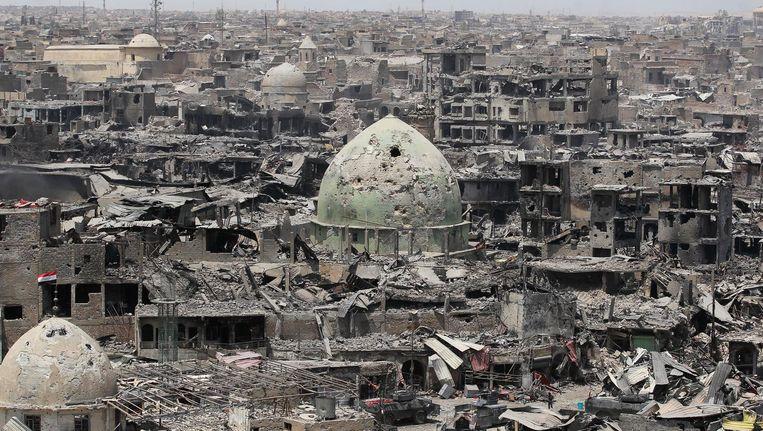 De oude stad van Mosul is na acht maanden strijd volledig verwoest. Beeld afp
